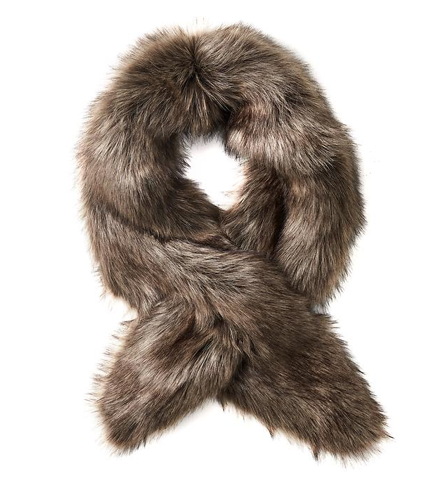 tanger-outlets_banana_fur-stole